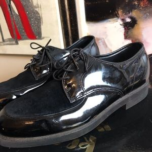 HUSH PUPPIES Patent leather/suede tieups oxfords 8